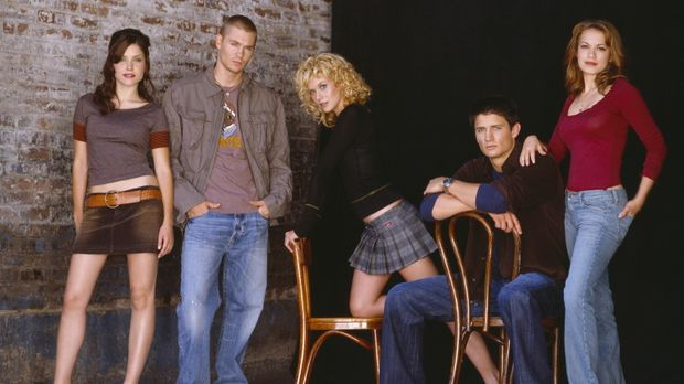 (3. Staffel) - One Tree Hill: Peyton (Hilarie Burton, M.), Lucas (Chad Michae...