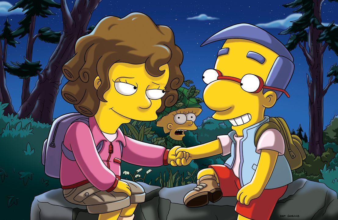 Milhouse (r.) wird erneut von Lisa (M.) abgelehnt und freundet sich stattdessen mit der Fünftklässlerin Taffy (l.) an. Lisa wird eifersüchtig und... - Bildquelle: und TM Twentieth Century Fox Film Corporation - Alle Rechte vorbehalten