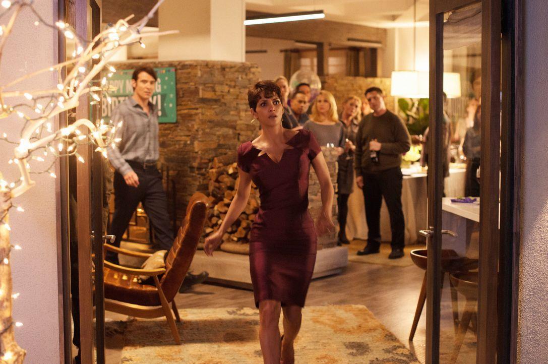 Extant: Molly Halluzinationen - Bildquelle: 2014 CBS Broadcasting, Inc. All Rights Reserved