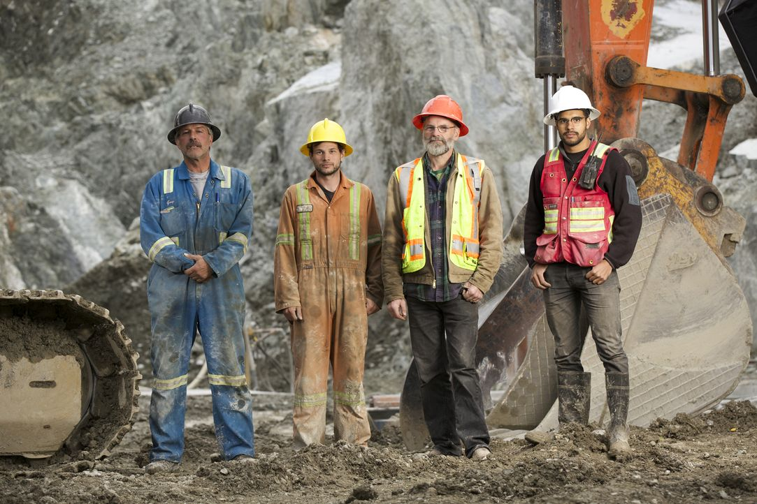 Suchen in der Jade Mine in dem 35-Seelen-Dorf Jade City im Norden von British Columbia nach dem grünen Gold: (v.l.n.r) Guy Martial. Justin Bunce, Ro... - Bildquelle: Michael J.P. Hall