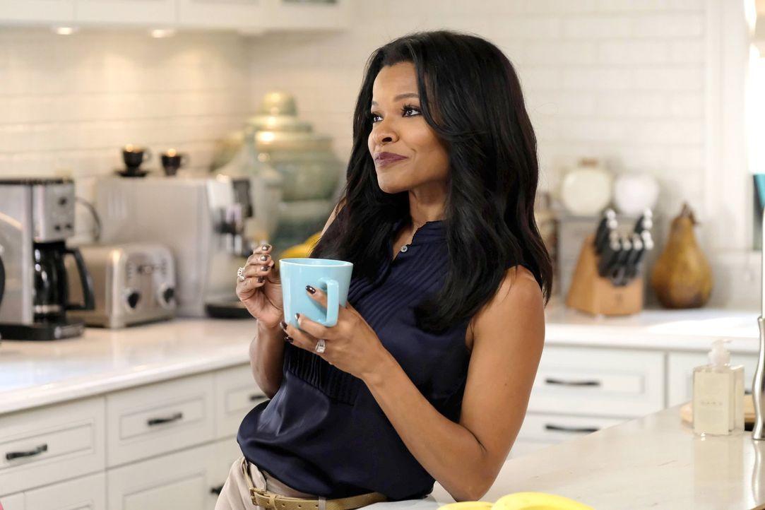Captain Avery braucht die Hilfe von Trish (Keesha Sharp). Doch wird sie ihm wirklich weiterhelfen können? - Bildquelle: 2016 Warner Brothers