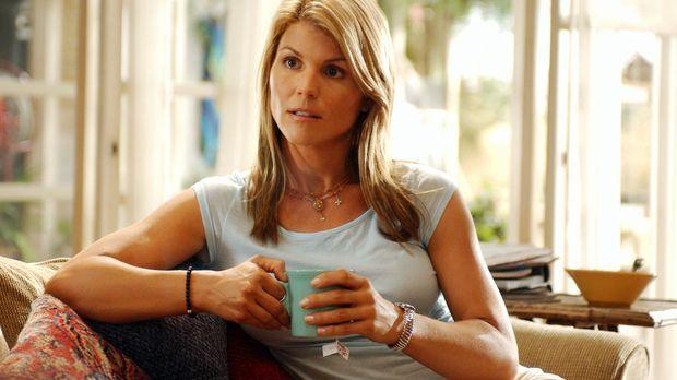 Nach dem Tod ihrer Schwester ändert sich für Ava (Lori Loughlin) das Leben vo...