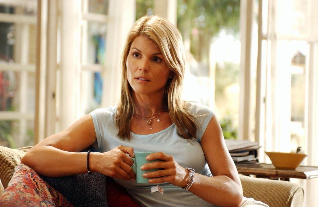 Nach dem Tod ihrer Schwester ändert sich für Ava (Lori Loughlin) das Leben von dem einen auf den anderen Tag ... - Bildquelle: CBS Television