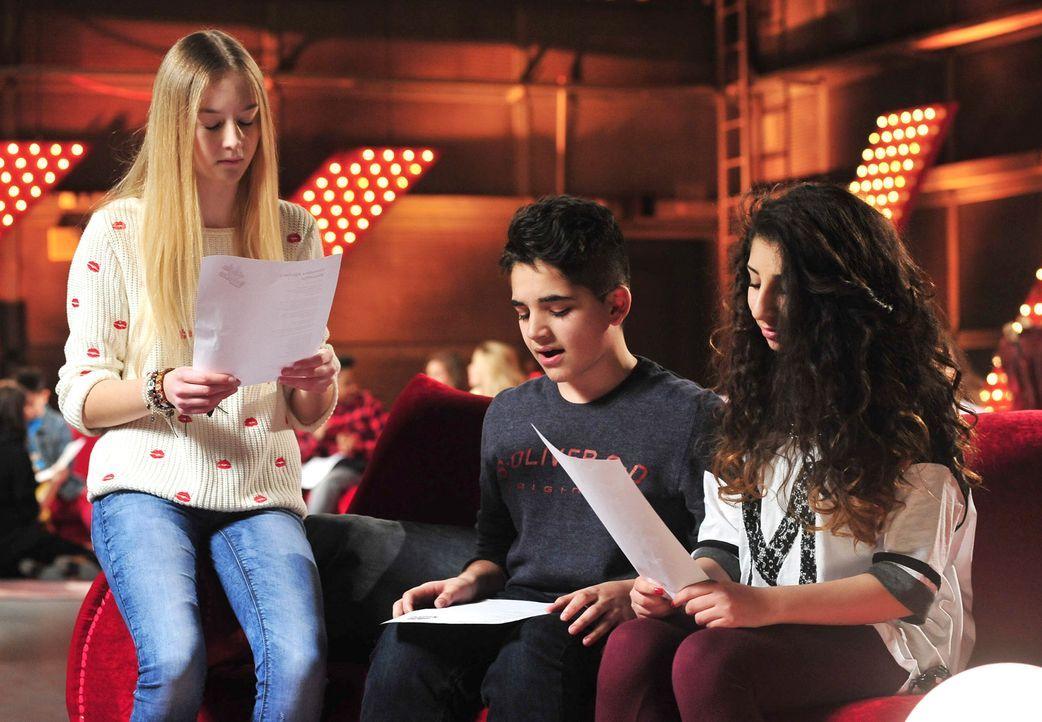 The-Voice-Kids-Stf02-Epi06-Renaz-Soufjan-Pia-112-SAT1-Andre-Kowalski - Bildquelle: SAT.1/Andre Kowalski