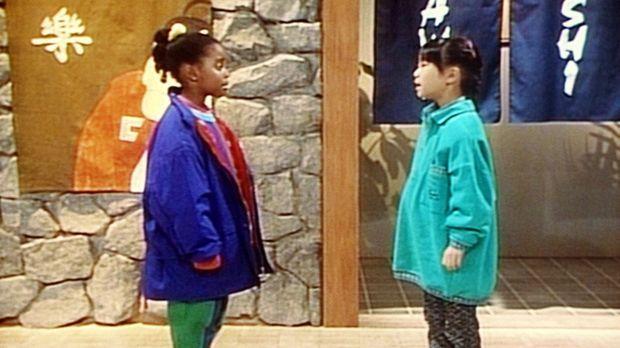 Nachdem sich Rudy (Keshia Knight Pulliam, l.) verlaufen hat, trifft sie ihre...