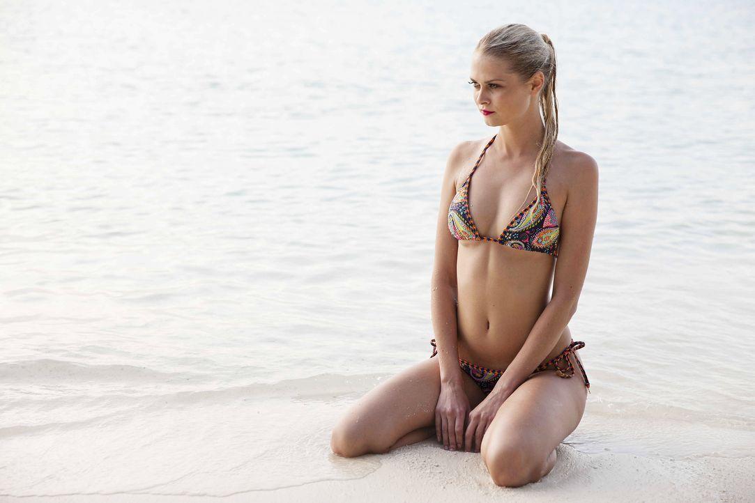 GNTM-Stf10-Epi13-Bikini-Shooting-Malediven-126-Darya-ProSieben-Boris-Breuer - Bildquelle: ProSieben/Boris Breuer