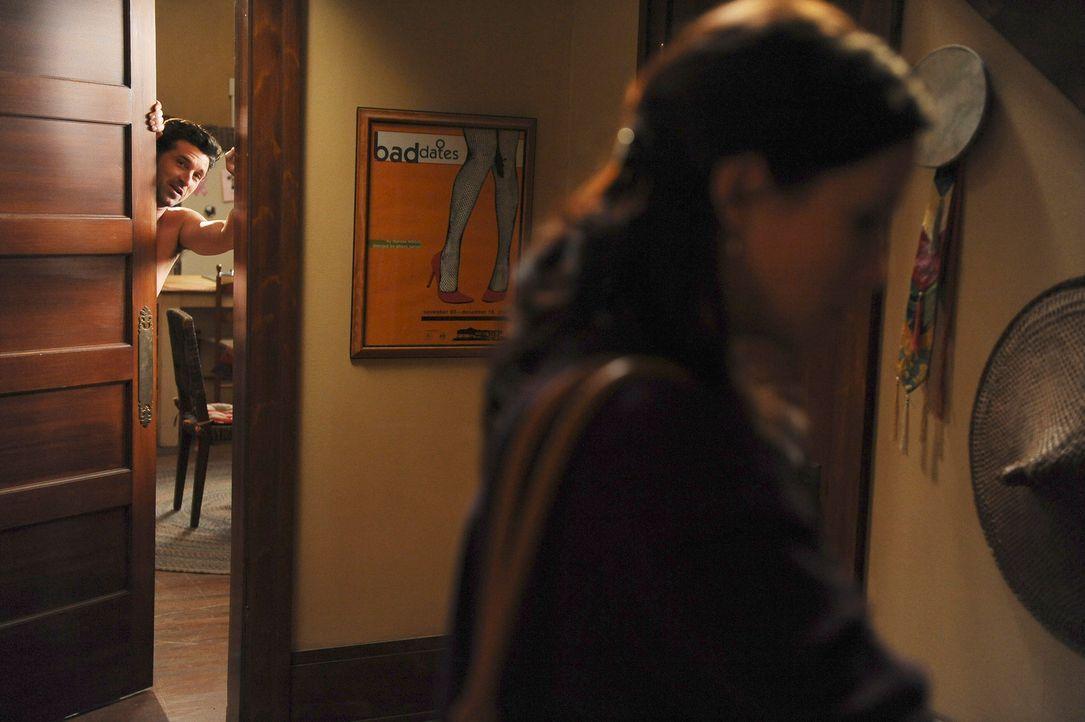 Erst muss Lexie (Chyler Leigh, r.) schockiert feststellen, dass Callie genau gegenüber vom Mark wohnt und keine Hemmungen hat, sich vor ihm umzuzieh... - Bildquelle: Touchstone Television