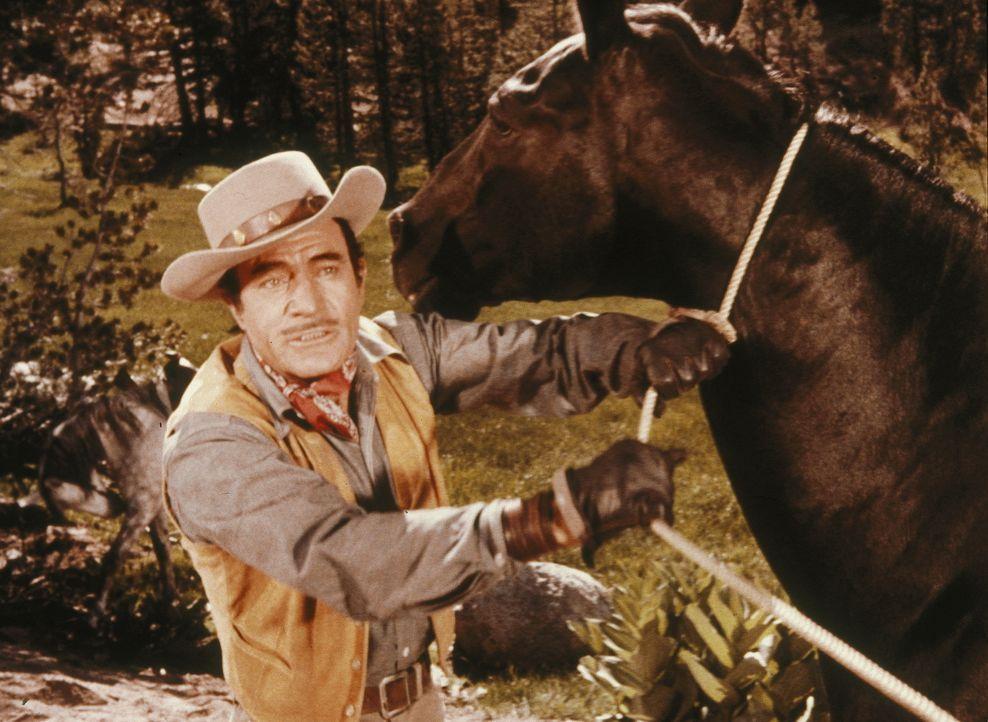 Pferdenarr Jim Acton (Gilbert Roland) muss aufgrund eines Gerichtsurteils seine Lieblingsstute an einen Pferdehändler abtreten. Es kommt zum Streit... - Bildquelle: Paramount Pictures