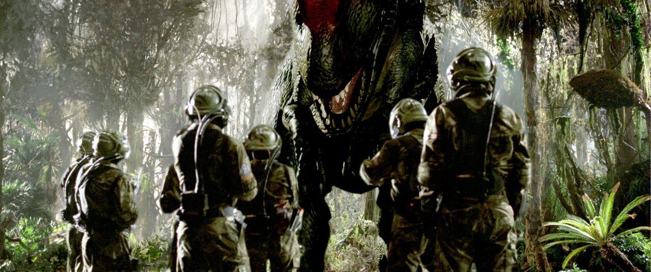 """2055: Reichen Abenteurern bietet die Firma """"Time Safari Inc."""" ein ganz besonderes Schmankerl: prähistorische Dinosaurier-Jagden. Damit der Verlauf d... - Bildquelle: ApolloMedia"""