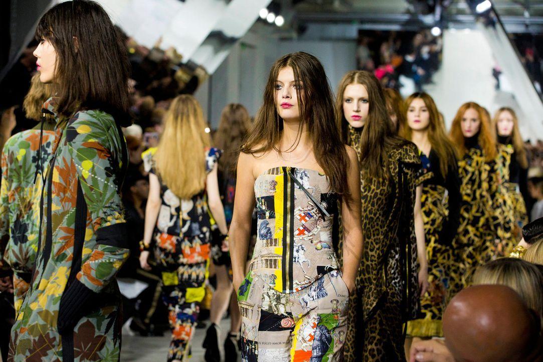 GNTM-Stf10-Epi14-Fashion-Week-Paris-111-Vanessa-ProSieben-Richard-Huebner-TEASER - Bildquelle: ProSieben/Richard Huebner