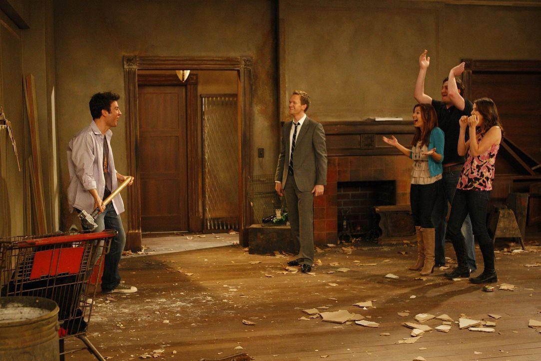 Jeder trifft irgendwann mal eine dumme Entscheidung die das Leben verändert: Marshall (Jason Segel, 2.v.r.), Barney (Neil Patrick Harris, 2.v.l.),... - Bildquelle: 20th Century Fox International Television