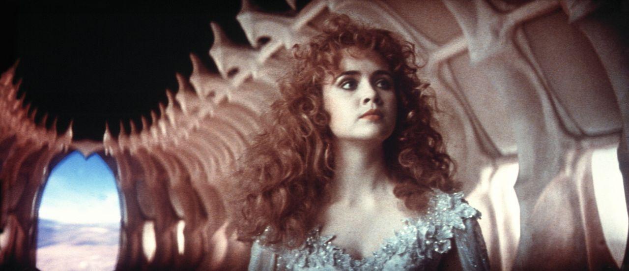 Die schöne Prinzessin Lyssa (Lysette Anthony) wird von einem grauenvollen Ungeheuer mitten aus ihrer Hochzeitsfeier entführt ... - Bildquelle: Columbia Pictures