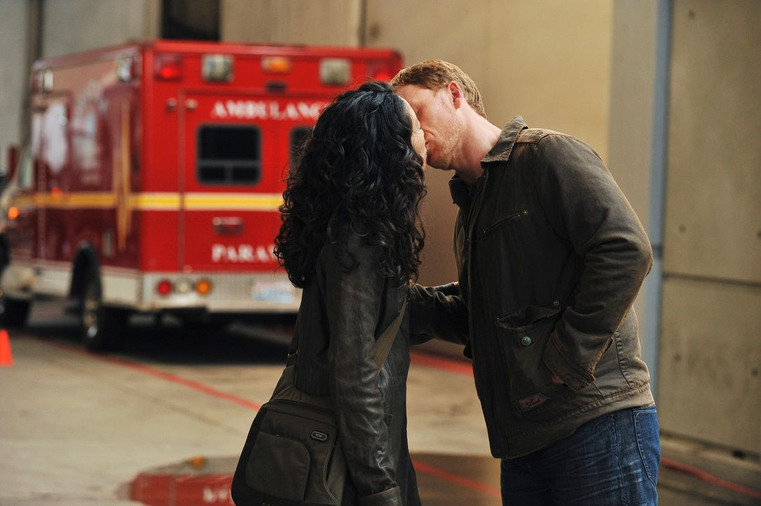 Verstehen sich gut: Cristina (Sandra Oh, l.) und Owen (Kevin McKidd, r.) ... - Bildquelle: Touchstone Television