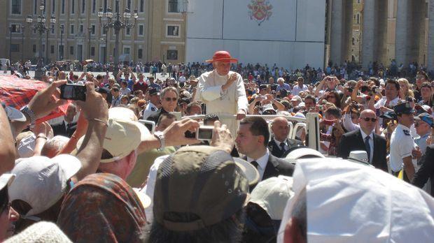 Von 22. bis 25. September kommt Papst Benedikt XVI. zu seinem ersten offiziel...