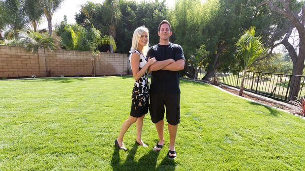 Christina (l.) und Tarek El Moussa (r.) kaufen preiswert Häuser auf und steck...