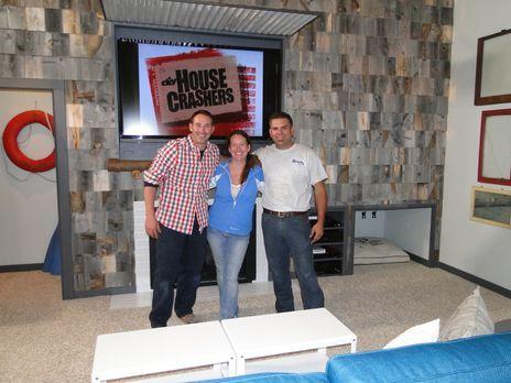 Josh Temples (l.) neuestes Projekt: Er hilft Jody Rodgers (M.) und ihrem Mann...