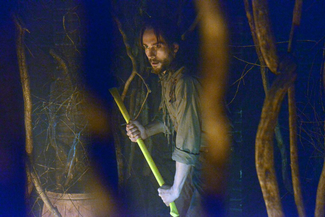 Im Kampf gegen das Böse: Ichabod (Tom Mison) .. - Bildquelle: 2013 Twentieth Century Fox Film Corporation. All rights reserved.