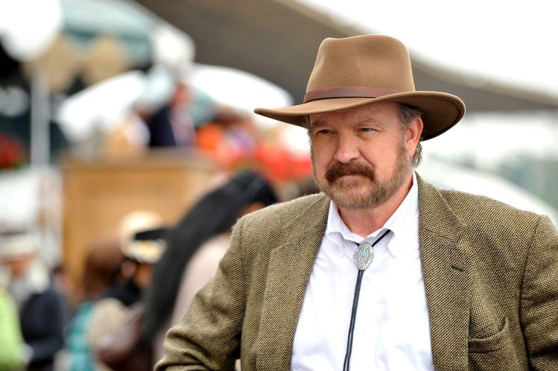 Hat Holwell (Jim Beaver) etwas mit dem Mord an Bill Sutton zu tun? - Bildquelle: Warner Bros. Television