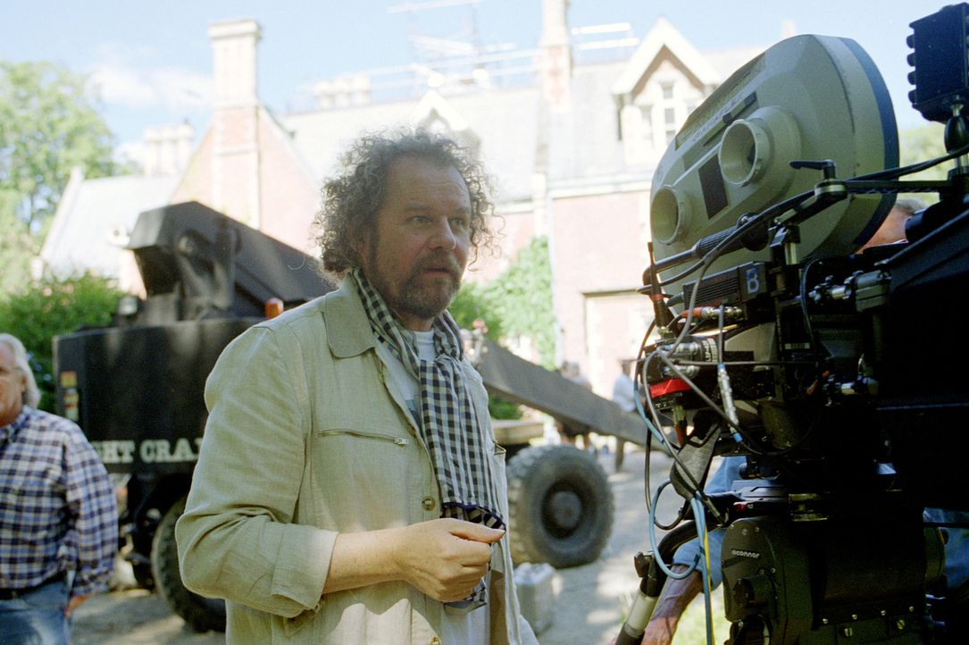 """Regisseur Mike Figgis inszenierte mit """"Cold Creek Manor - Das Haus am Fluss"""" einen abgründigen Psychothriller ... - Bildquelle: Buena Vista Pictures Distribution. All Rights Reserved."""