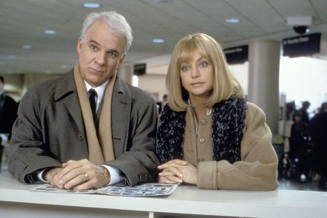 Als der arbeitslose Henry (Steve Martin, l.) ein Vorstellungsgespräch in New York hat, begleitet ihn Ehefrau Nancy (Goldie Hawn, r.) kurz entschloss... - Bildquelle: TM, ® &   by Paramount Pictures. All Rights Reserved.