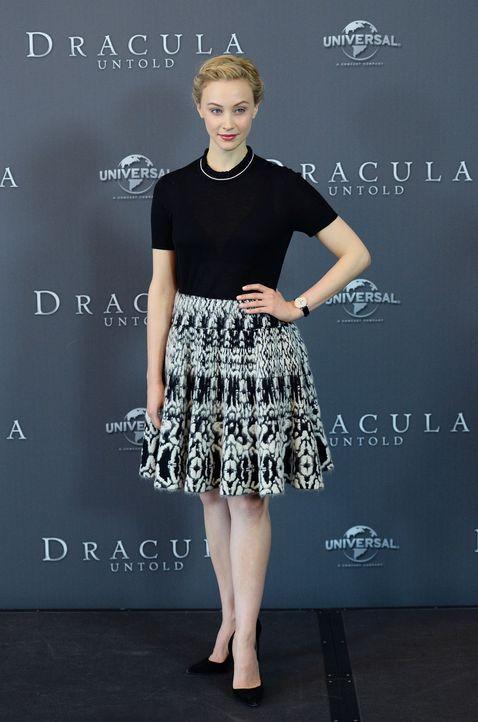 Photocall-Dracula-Untold-Sarah-Gadon-14-09-15-1-dpa - Bildquelle: dpa