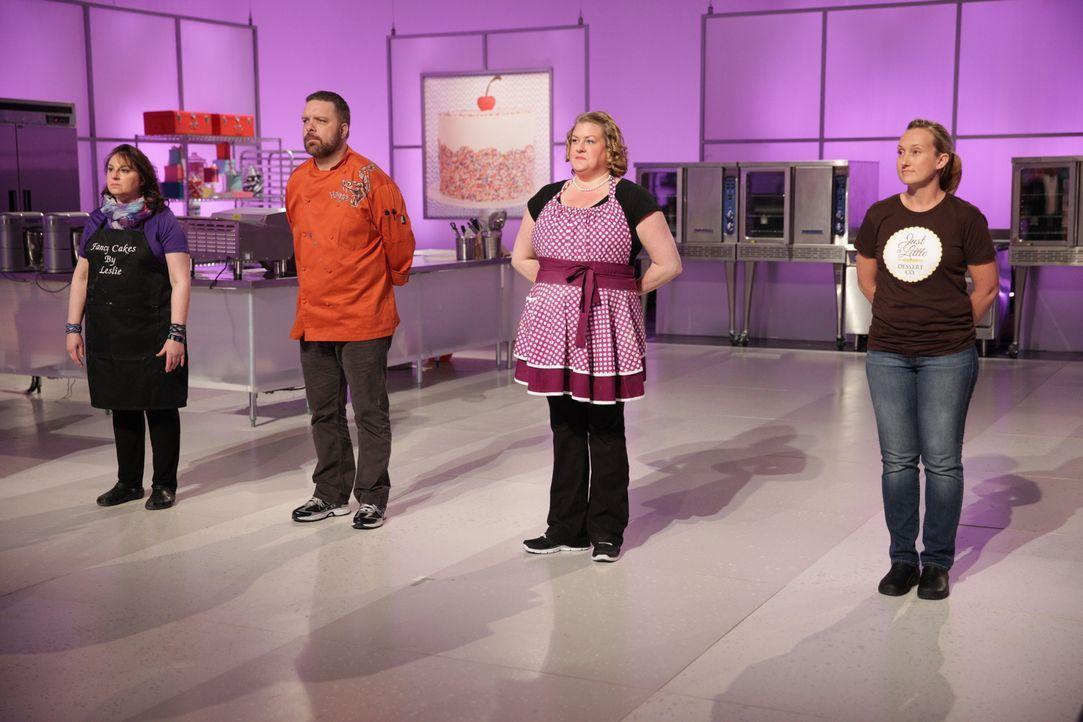 Diese Woche wartet eine in mehreren Hinsichten süße Aufgabe auf die Bäcker (v.l.n.r.) Leslie Poyourow, Danny Lane, Erin Eason und Viki Cane ... - Bildquelle: 2015, Television Food Network, G.P. All Rights Reserved