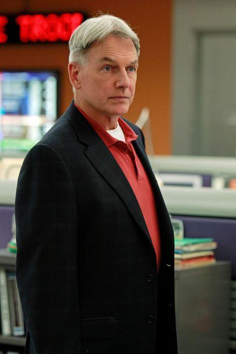 Arbeitet an einem neuen Fall: Gibbs (Mark Harmon) ... - Bildquelle: CBS Television