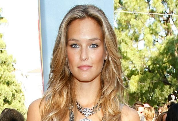 Bar-Refaeli-08-09-07-getty-AFP