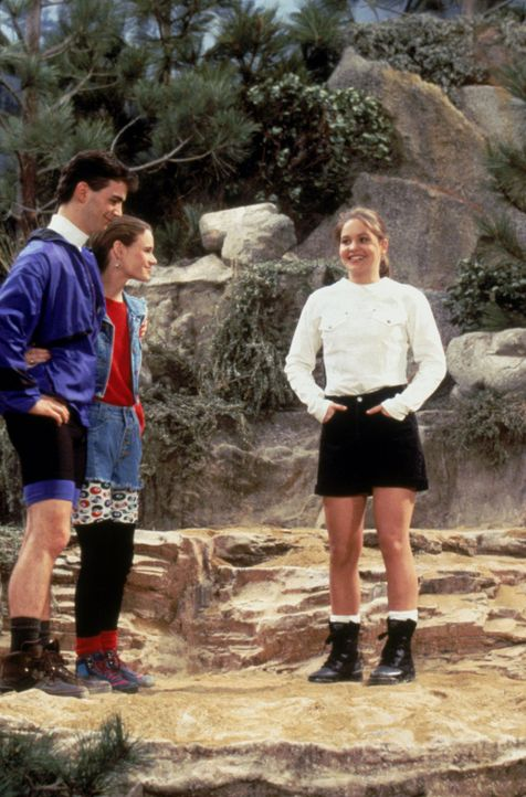 Wissen Keanu (Brian Evans, l.) und Kimmy (Andrea Barber, M.), was D.J. (Candace Cameron, r.) geplant hat? - Bildquelle: Warner Brothers Inc.