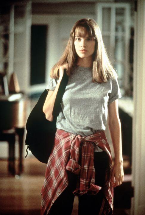 Seit dem Unfalltod ihrer Eltern lebt Julie (Hilary Swank) bei ihrer Großmutter Louisa. Sie ist voll der Trauer und wütend über den grauenvollen V... - Bildquelle: Columbia Pictures