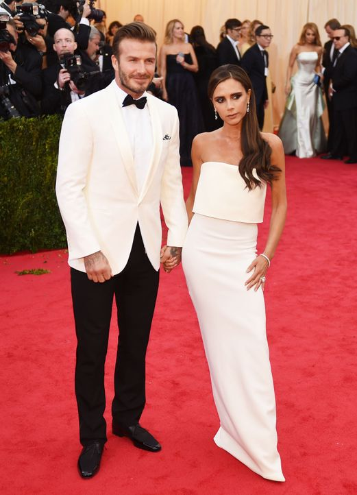Costume-Institute-Benefit-David-Victoria-Beckham-14-05-05-AFP - Bildquelle: AFP
