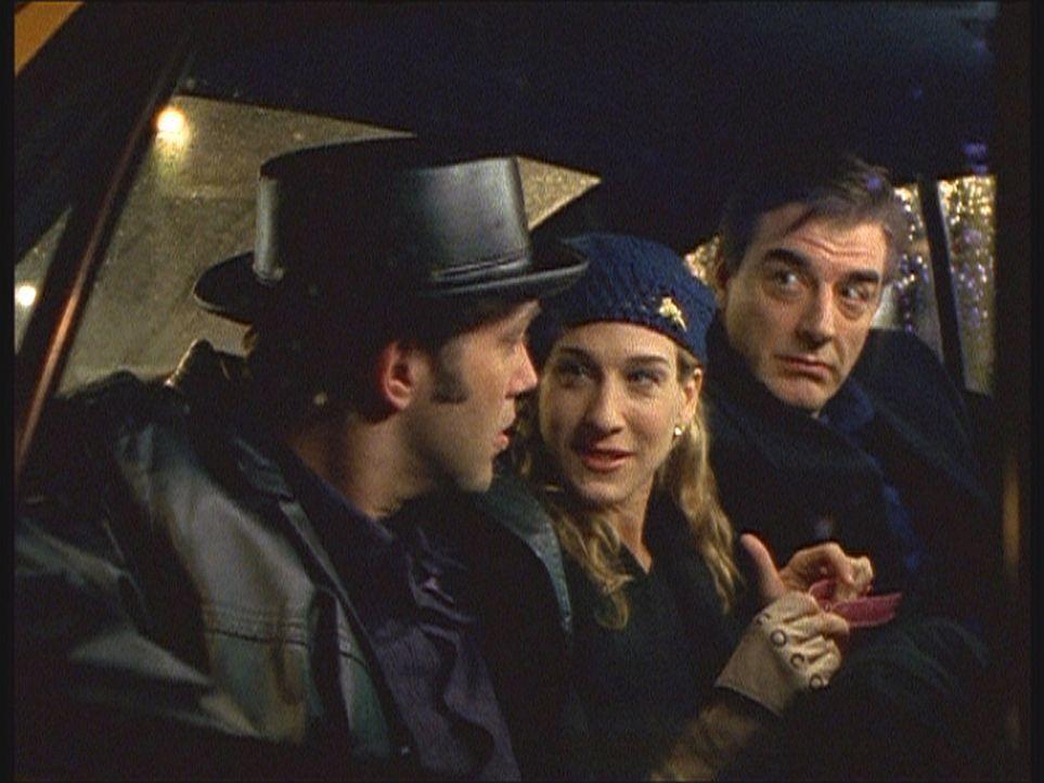 Big (Chris Noth, r.) stört die Harmonie zwischen Carrie (Sarah Jessica Parker, M.) und Ray (Craig Bierko, l.) so sehr, dass er die weitere Entwickl... - Bildquelle: Paramount Pictures