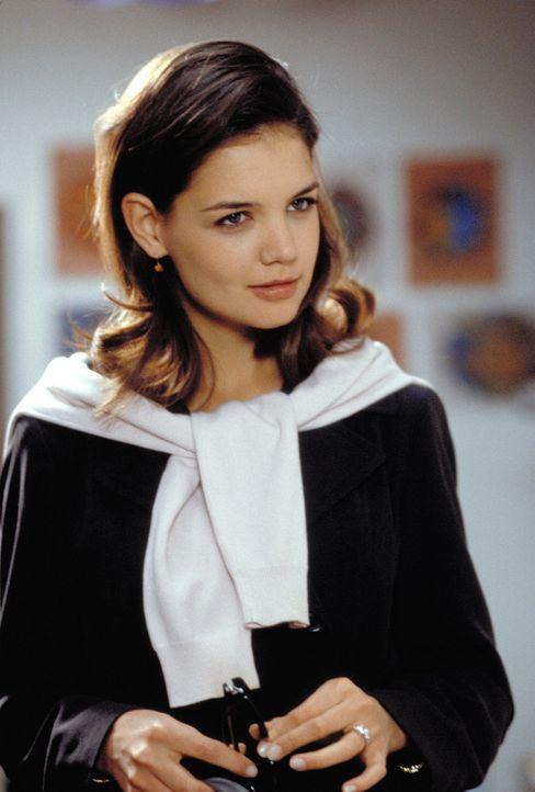 Die hübsche Jessica King (Katie Holmes) tanzt auf mehreren Hochzeiten - das wird ihr zum Verhängnis ... - Bildquelle: Paramount Pictures