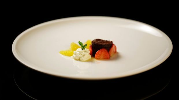 The-Taste-Stf01-Epi06-3-Kuchen-Felicitas-Then-01-SAT1