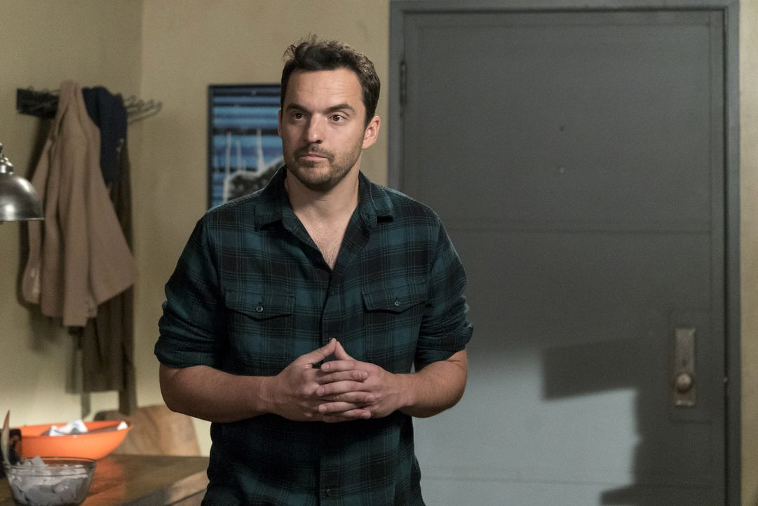 Ein unerwarteter Besuch sorgt bei Nick (Jake Johnson) dafür, über seine eigene Zukunft nachzudenken ... - Bildquelle: 2016 Fox and its related entities.  All rights reserved.
