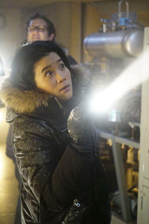 Während Happy (Jadyn Wong) in Grönland durch ein unbekanntes Mittel beginnt, an Halluzinationen zu leiden, macht sich nicht nur Ralph Gedanken über... - Bildquelle: Sonja Flemming 2016 CBS Broadcasting, Inc. All Rights Reserved.