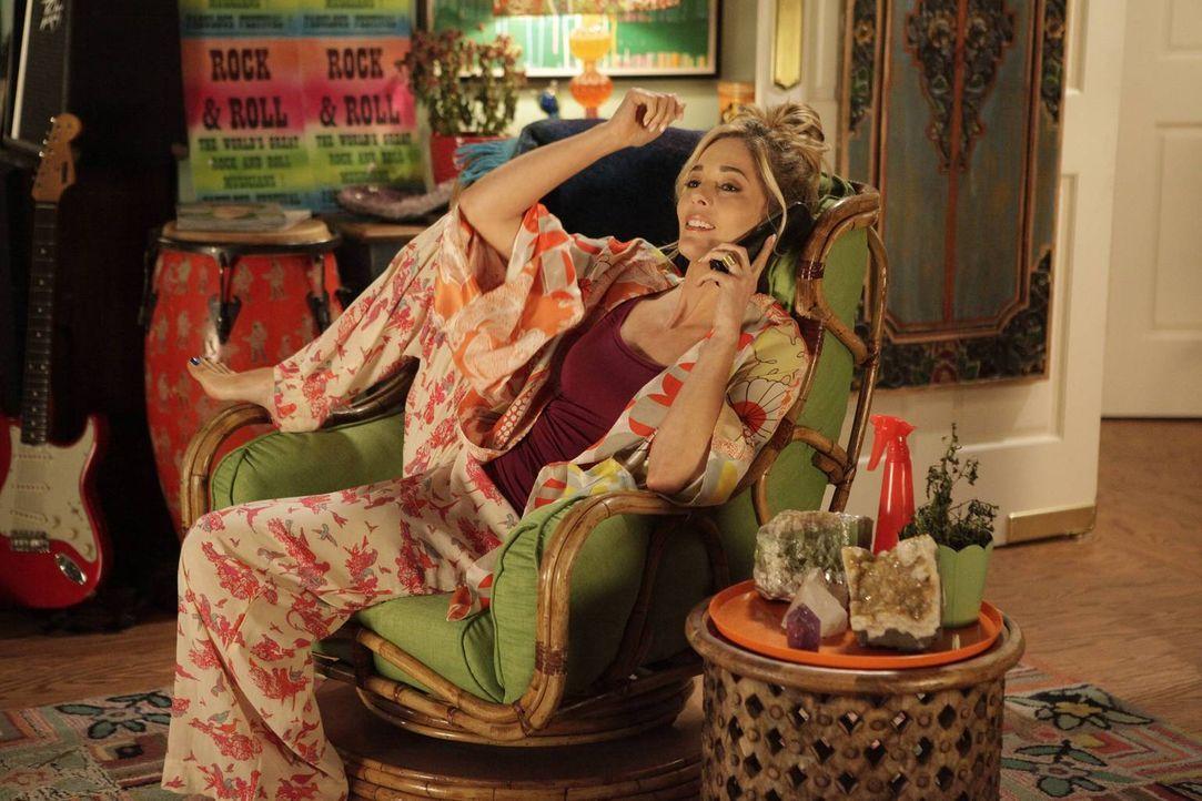 April (Christina Moore) hat eine prächtige Idee, doch leider fehlt ihr das nötige Kleingeld. Wer könnte da besser aushelfen als die liebe Schwester?... - Bildquelle: 2014 Twentieth Century Fox Film Corporation. All rights reserved.