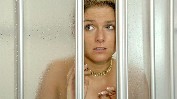 Anna (Jeanette Biedermann) glaubt, dass sie Jonas ein Liebesgeständnis gemach...