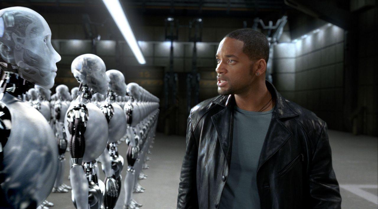 Schon lange vermutet Detective Spooner (Will Smith), dass sich die Roboter eines Tages gegen die Menschen wenden werden - er weiß nur nicht, wie. Al... - Bildquelle: 2004 Twentieth Century Fox Film Corporation. All rights reserved.