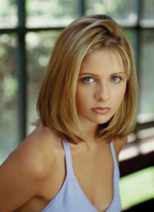 (2. Staffel) - Buffy (Sarah Michelle Gellar) ist die Auserwählte: Sie allein muss sich den Vampiren, Dämonen und den Mächten der Finsternis stellen... - Bildquelle: (1998) Twentieth Century Fox Film Corporation.