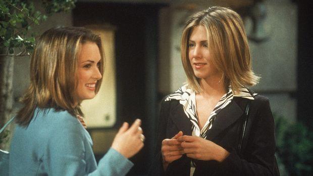 Rachel (Jennifer Aniston, r.) trifft ihre Freundin Melissa (Winona Ryder, l.)...