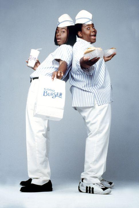 Direkt gegenüber von ihrem kleinen Hamburgerladen Good-Burger eröffnet die Fast-Food Kette Mondo-Burger eine Filiale. Dies lassen sich die beiden Fr... - Bildquelle: Paramount Pictures