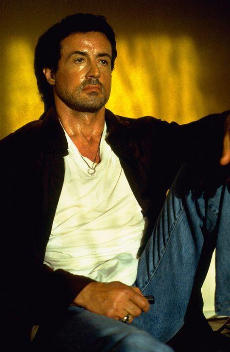 Nach einem Selbstmordversuch lässt sich Jake Malloy (Sylvester Stallone) in einem Therapiezentrum unterbringen, doch ob das so eine gute Entscheidu... - Bildquelle: Universal Pictures