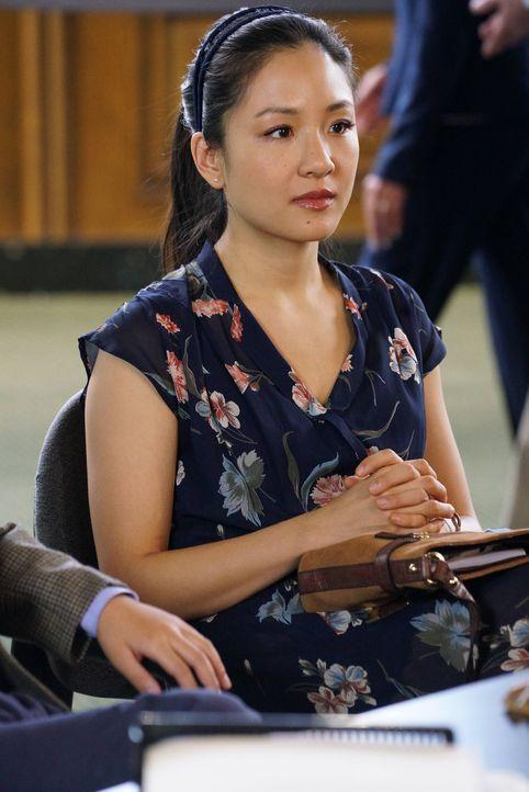 Als Jessica (Constance Wu) und Louis mit Evan zur Bank gehen, um sein erstes Konto zu eröffnen, ist dieser sich nicht sicher, ob er seinen chinesisc... - Bildquelle: 2015-2016 American Broadcasting Companies. All rights reserved.