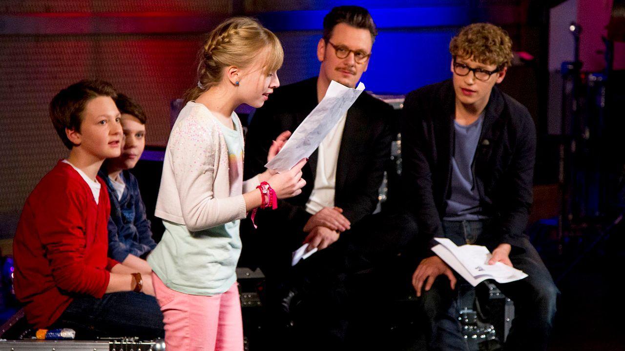 The-Voice-Kids-epi04-Thea-Sean-Finn-39-SAT1-Richard-Huebner - Bildquelle: SAT.1/Richard Hübner
