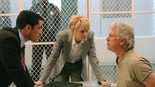 Der Serienmörder Roy Anthony (Barry Bostwick, r.) soll nach 25 Jahren Haft we...