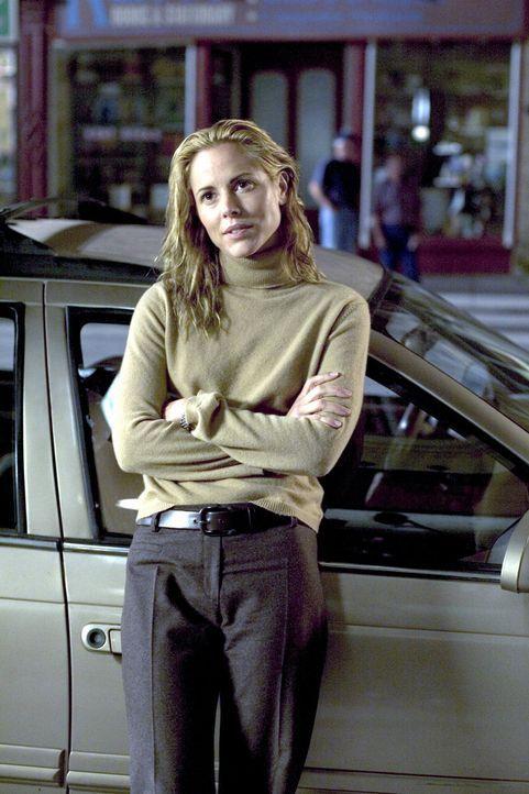 Als der Familienvater Tom Stall in Notwehr zwei Räuber erschießt, feiern ihn die Medien als Helden. Ehefrau Edie (Maria Bello) platzt beinahe vor St... - Bildquelle: 2005 Warner Bros.