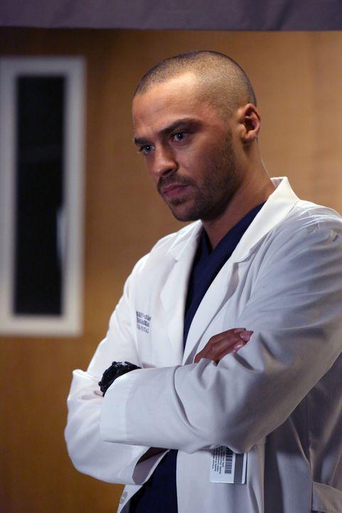 Ihn trifft der Tod einer Kollegin völlig unvorbereitet:  Avery (Jesse Williams) ... - Bildquelle: ABC Studios
