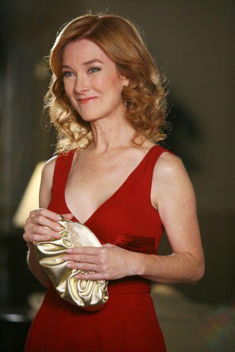 Überraschung: Alma Hodge (Valerie Mahaffey) taucht in der Wisteria Lane auf ... - Bildquelle: 2005 Touchstone Television  All Rights Reserved