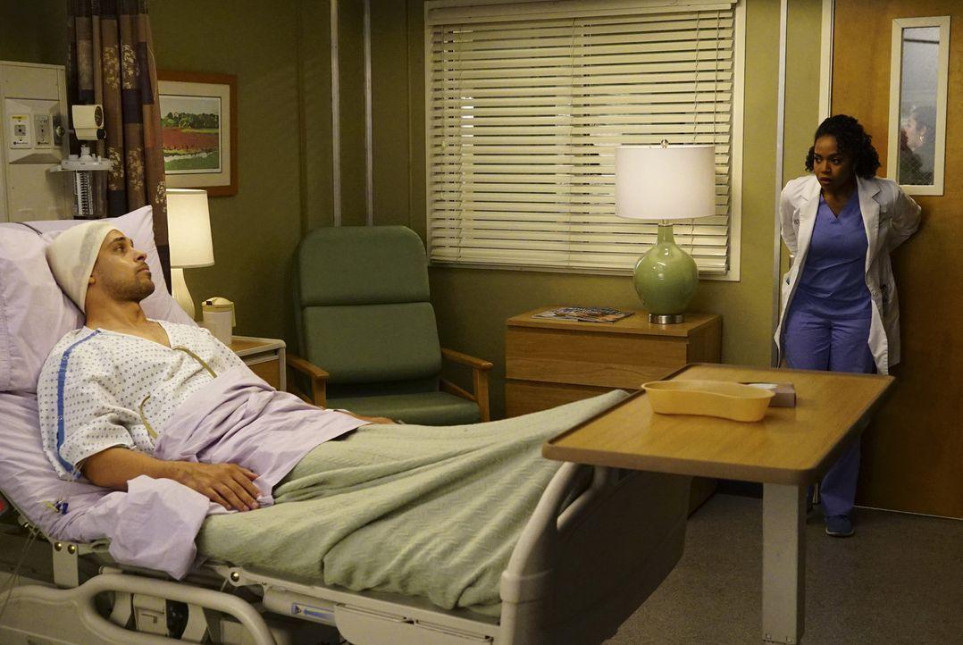 Owen und Amelia wagen in ihrer Beziehung den nächsten Schritt, während Stephanie (Jerrika Hinton, r.) feststellen muss, dass sie einen großen Fehler... - Bildquelle: Richard Cartwright ABC Studios